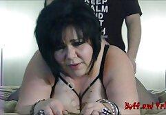 Slut bionda matura seduta sul pavimento davanti al letto della sorella film porno gratuiti amatoriali