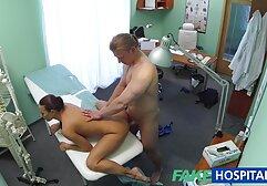 Una ragazza snella ottiene una video amatoriali x adulti passione per scopare con un ragazzo e sesso veloce con lui