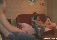 Chikulya giovane a pelo corto, a disagio con un modesto video porno amatoriali donne mature orgasmo