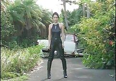 La sensuale donna adulta ha video amatoriali prostitute incontrato suo marito con un giovane amante per un'orgia.
