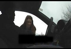 Giovane slut in hard video amatoriali calze ottiene scopata due fori da hard ragazzi.