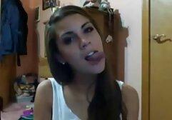 Una giovane troia con le tette soddisfa completamente il fallo con la sua bocca video di sesso anale amatoriale e la bella L.